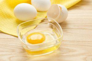 Какое количество белка содержится в яйце