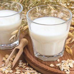 Как приготовить овсяное молоко в домашних условиях