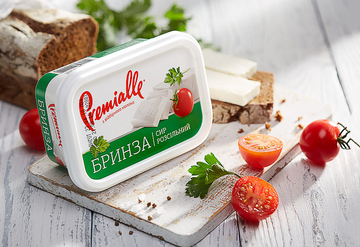 Сыр Брынза в упаковке