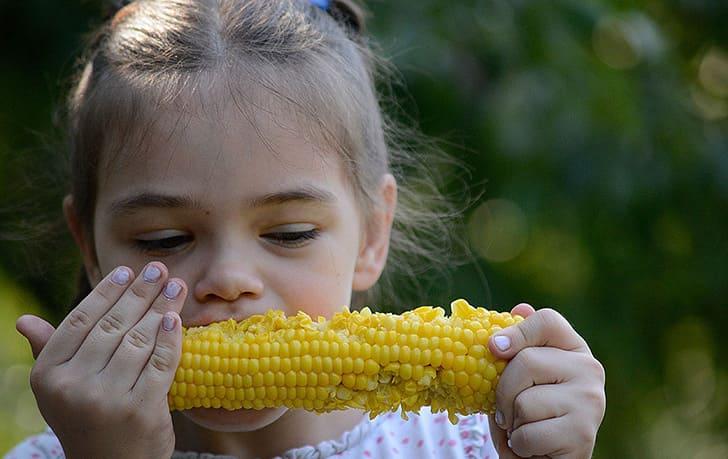 Можно ли давать кукурузу детям