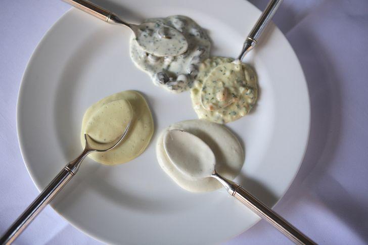 Варианты низкокалорийных соусов на основе йогурта