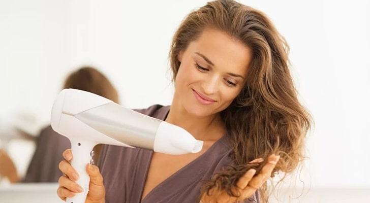 Как высушить волосы без вреда