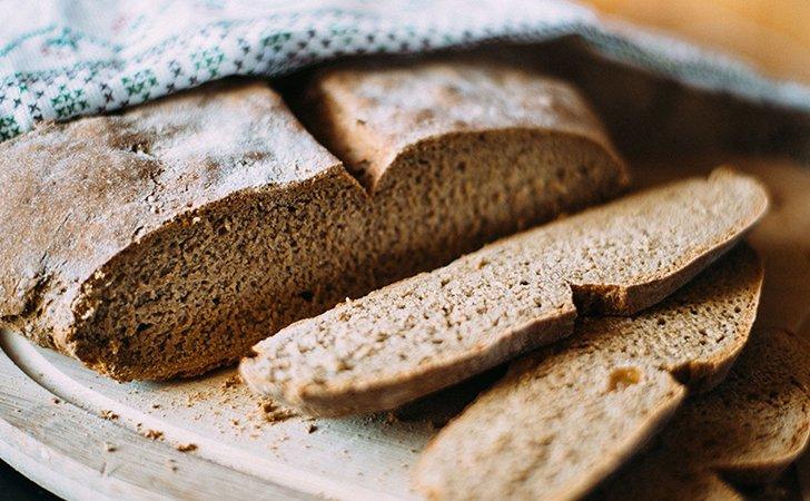 Ржаной, зерновой, бородинский хлеб можно есть при похудении