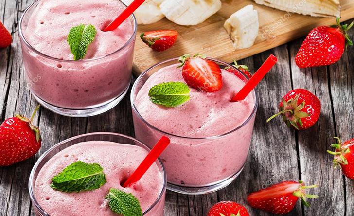 Клубничный смузи: рецепты для блендера, необходимые ингредиенты помимо клубники