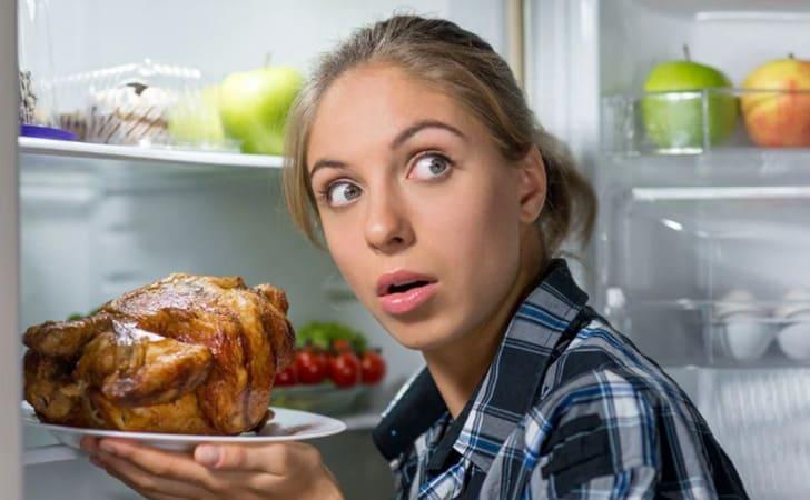 Угрызения совести за объемы поглощаемой пищи