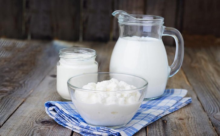 Творог, сметана, кефир: молочные продукты