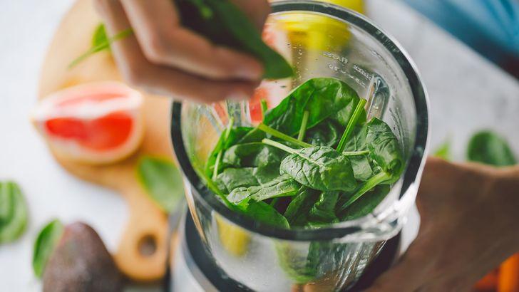 Приготовление витаминного смузи