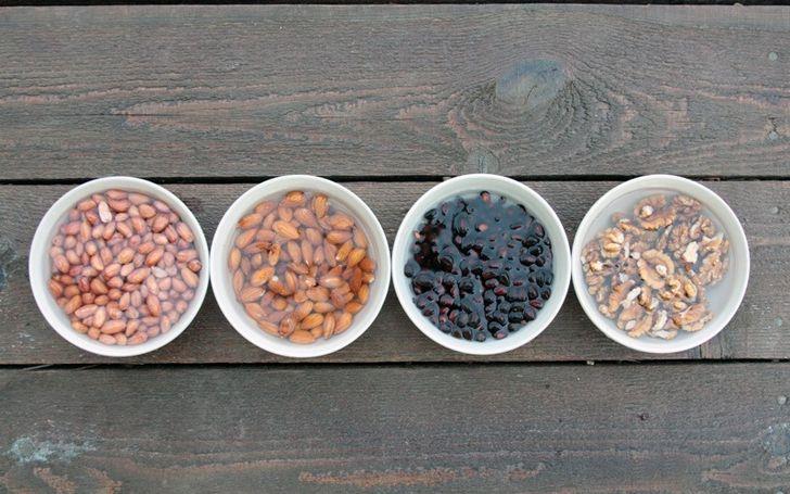 Вымачивание орехов перед употреблением