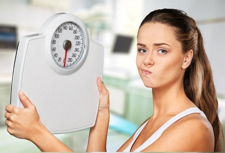 Лишний вес из-за отсутствия завтрака